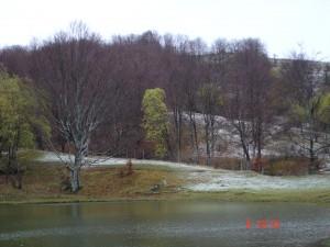 Il lago imbiancato